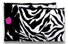 Carry your makeup and more in this mix & match pouch set