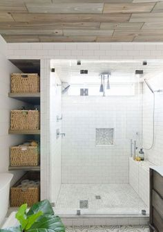Adorable 110 Spectacular Farmhouse Bathroom Decor Ideas https://roomadness.com/2017/12/15/110-spectacular-farmhouse-bathroom-decor-ideas/