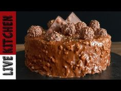 Ferrero Rocher - Τούρτα ζαχαροπλαστείου - Επαγγελματική συνταγή ! - YouTube Quilling Paper Craft, Party Cakes, Kitchen Living, Ferrero Rocher, Cake Recipes, Deserts, Food And Drink, Ice Cream, Sweets