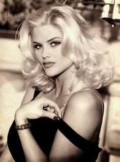 LoneStarLook | Anna Nicole Smith