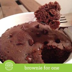 """""""DOUBLE TAP FOR BROWNIES! TAG A BROWNIE LOVER! This oldie but goodie is so satisfying, easy, tasty, and barely over 100 calories! Enjoy a…"""""""