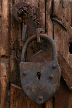 Padlock on door, San Miguel de Allende, Mexico