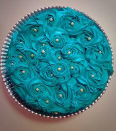 Rosette Cake Blue Tiffany | Bolo de Rosas Azul Tiffany