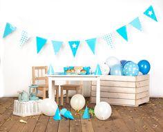 dekoracje urodzinowe, girlandy, pompony kule, urodziny dla dzieci, błękitne