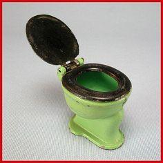 """1920s Tootsie Toy Dollhouse Toilet - Green & Black  1/2"""" Scale"""