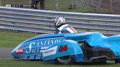 F1 Sidecar Racing is a Crazy Motorcycle Sport That Features Speed, Balance and Constant Danger