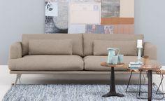 Parker is een prachtig Scandinavisch design. Kenmerkend zijn de T-kussens, de luxe designpoten met rank onderstel en het optimale zitcomfort.…