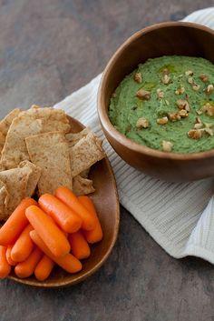 kale pesto white bean dip by annieseats, - skinny alternative for Super Bowl Appetizer Dips, Appetizer Recipes, Snack Recipes, White Bean Dip, White Beans, Kale Pesto, Pesto Dip, Spinach, Bean Dip Recipes