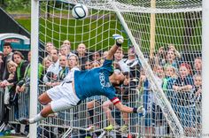 Seattle Sounders Women: Hope Solo diving save