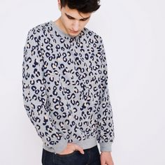 Leopard printed sweatshirt from A.P.C. (Leopard again and again)