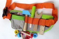 Ceinture et outils pour petit bricoleur