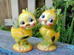 Vintage Chicks Salt and Pepper Shakers, Chickens, Spring, Easter, Vintage Kitsch, Epsteam