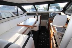 1987 bayliner 2556 interior | bayliner ciera 2556 flybridge bayliner 2556 attractive proposition ...