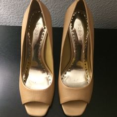 "BCBGIRLS SHOES Style: BG- ARIEL/ COLOR: WASHED GOLD/ PEARL WASHED LEATHER the shoe/heel in excellent condition. Used twice. 4"" heel BCBGirls Shoes"