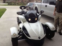 2010 Can-Am SPYDER Sportbike , White, 4,100 miles for sale in Nederland, TX