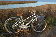 Peugeot Mixte Porteur by Vélocia, via Flickr