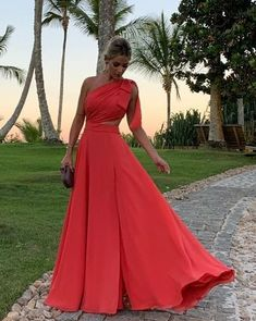 Glam Dresses, Formal Dresses, Formal Wedding Guests, Coral Dress, Evening Gowns, Beautiful Dresses, Ball Gowns, Party Dress, Fashion Outfits