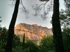 Sainte Victoire Provence, Monument Valley, Grand Canyon, Places To Go, Nature, Travel, Naturaleza, Viajes, Destinations