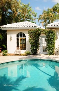 You are sure to fall in love with owning a South Florida home! http://www.waterfront-properties.com/pbgballenisles.php