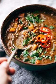 Winter Detox Moroccan Sweet Potato Lentil Soup - an easy, vegetarian detox soup that's loaded with tons of veggies, lentils, and sweet potatoes to keep you full! Light on the calories too! #moroccansoup #soup #lentilsoup #slowcooker | Littlespicejar.com