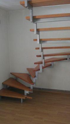 Dvorozne stepenice by Maric Alen