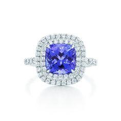 Anello Tiffany Soleste con tanzanite e diamanti, in platino.