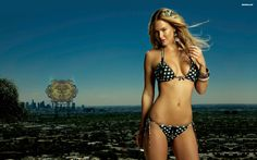 bar refaeli Wallpaper HD Wallpaper