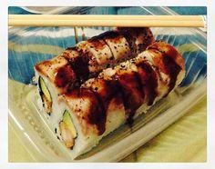 No necesito más!  :F37M:  #makis #tataki #ostión #delicious #yummy #lomejor #antojo #MistiSushi by clauferjimenez