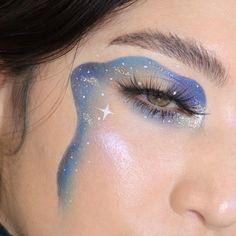 creative makeup – Hair and beauty tips, tricks and tutorials Cute Makeup Looks, Makeup Eye Looks, Eye Makeup Art, Crazy Makeup, Blue Makeup, Pretty Makeup, Beauty Makeup, Makeup Eyeshadow, Crazy Eyeshadow