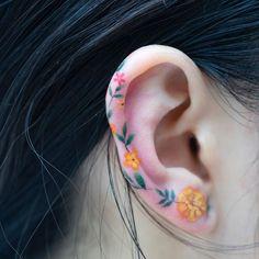 Makeup artist tattoo design body art trendy Ideas is part of Lion Mandala tattoos Products - Lion Mandala tattoos Products Mini Tattoos, Model Tattoos, Body Art Tattoos, Ear Tattoos, Tatoos, Finger Tattoos, Crow Tattoos, Phoenix Tattoos, Sleeve Tattoos