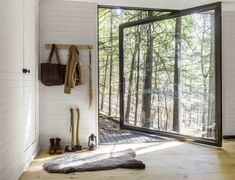 A Dramatic Tree House by Budget-Conscious DIY Builders - Dwell