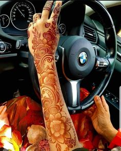 Henna Hand Designs, Floral Henna Designs, Latest Arabic Mehndi Designs, Mehndi Designs Feet, Latest Bridal Mehndi Designs, Back Hand Mehndi Designs, Stylish Mehndi Designs, Mehndi Designs For Girls, Wedding Mehndi Designs