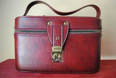 Red American Tourister Train Case. by TheHouseOfNesbit on Etsy