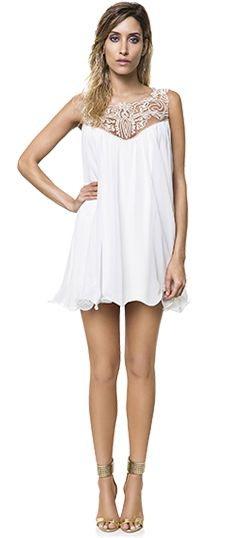 Branco + Transparência, combinação perfeita para arrasar no verão!