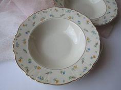 Vintage Syracuse Suzanne Floral Rimmed Soup Bowls by thechinagirl