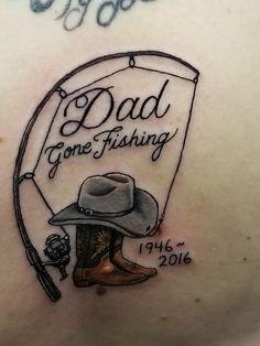 Füße Tattoos Zier Tattoo Ideen – foot tattoos for women quotes Hook Tattoos, Daddy Tattoos, Father Tattoos, Family Tattoos, Body Art Tattoos, Sleeve Tattoos, Tatoos, Baby Feet Tattoos, Wing Tattoos
