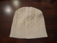 How to make ⇧that beanie From ⇩ this sweater     *What you need* Old sweater (thrifted this XL swea...