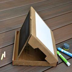 Un buen uso a la caja de pizza del fin de semana. Reutilizas y sirve para hacer arte!