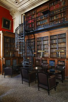 Saint James Exclusive Paris Hotel - The Library turned lounge bar.