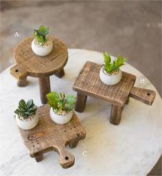 Wood Pedestal Cutting Boards