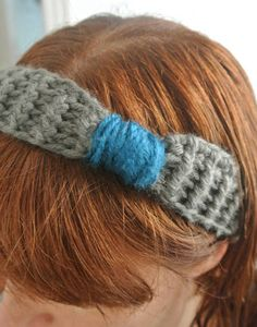 I've made a couple of crochet headbands recently including this one