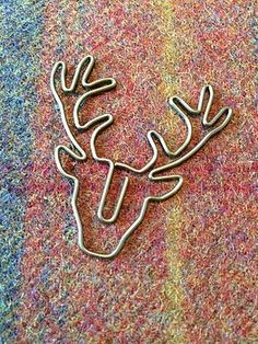 Unique Gift Ideas and Personalised Gifts Wire Wrapped Jewelry, Wire Jewelry, Jewlery, Hobbies And Crafts, Arts And Crafts, Wire Bookmarks, Copper Wire Art, Paper Pin, Stag Head