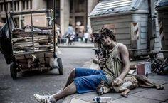 Coisas de Terê→ Morador de rua em Porto Alegre, Rio Grande do Sul / Brasil. National Geographic.