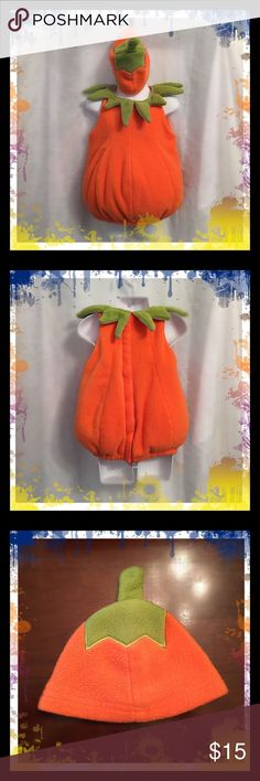 Old Navy Pumpkin Costume Fleece pumpkin costumes comes with matching hat and shoes. Pumpkin is puffy with velcro closure on the back. Worn twice and in great condition. Old Navy Costumes Halloween