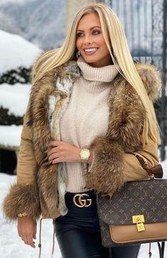 Winter Fashion, Women's Fashion, Collar And Cuff, Fur Collars, Furs, Fur Trim, Parka, Blond, Leather Boots