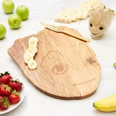 Marvel Guardians Of The Galaxy Groot Cutting Board Baby Groot, I Am Groot, Kids Corner, Guardians Of The Galaxy, Cool Items, Disney Inspired, Marvel Universe, Wood Art, Comic Character