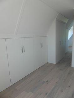 Ah-Griekspoor - maatwerk - schuifdeuren - inloopkasten - laminaat - vloeren