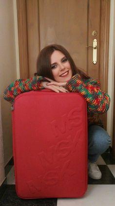 Tuppersex con La Maleta Roja en Almería. Bean Bag Chair, Decor, Note Cards, Decoration, Beanbag Chair, Decorating, Bean Bag, Deco