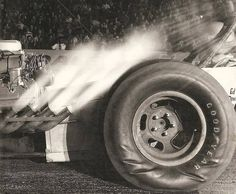 Vintage Drag Racing - Dragster caught right at green light and go!
