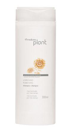 Sua fórmula com pigmentos roxos remove o tom amarelado e reativa o brilho dos cabelos.